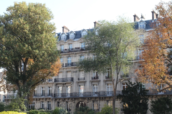 11- Paris buildings- styling and photography by CATHERINEGRACE copyright 2014